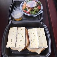 Sandwich Brie met noten