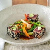 Gegrilde tonijn sashimi