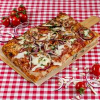 SUGO Pizza | Pittige salami
