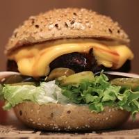 Boze Burger